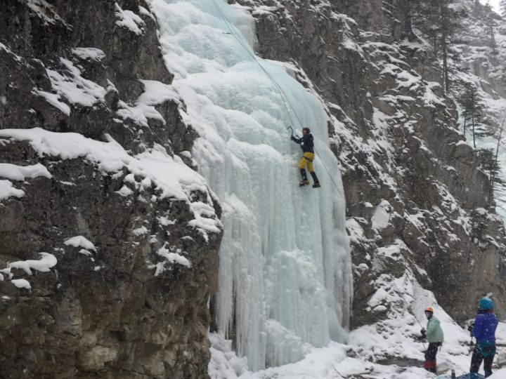 King Creek – Relaxed Ice Cragging